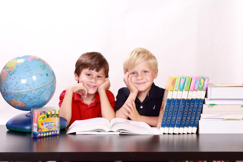 Effective Methods of Educating Children in the World
