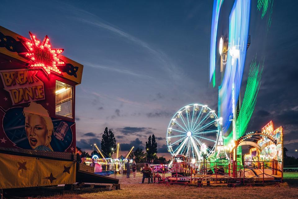 amusement-park-4392606_960_720